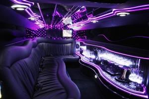 limo met strippers huren, limo met mooie strippers huren, Mooie stripper bestellen, striptease in den bosch - MooieStrippers.nl